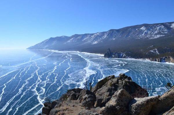 Фотогалерея: Хрустальный лед Байкала 2020г.